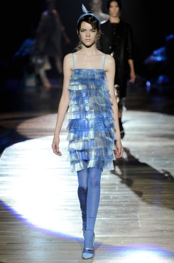 marc-jacobs-rtw-ss2012-runway-38_005541923897