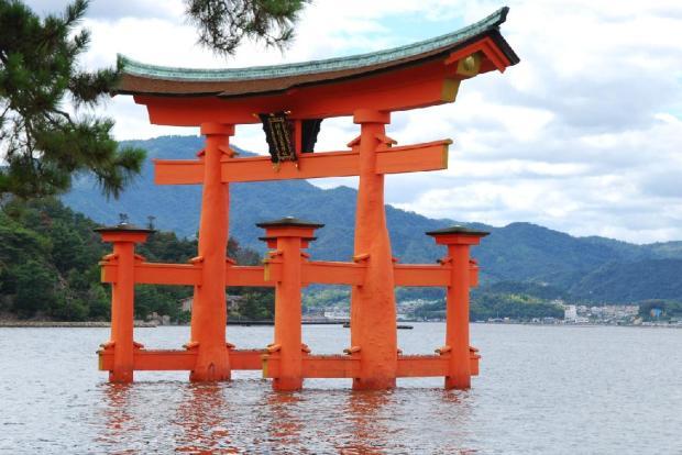 Miyajima-Island-Image